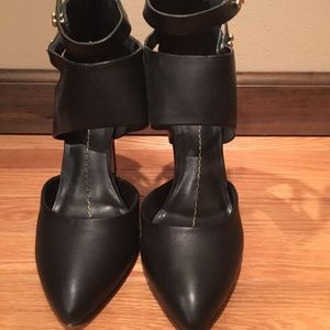 Women's Dolce Vita Black Leather Heels with Straps